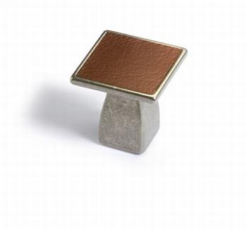Greep Casoli - tinkleurig / bruin leer - Breedte 30 mm<br />Per stuk