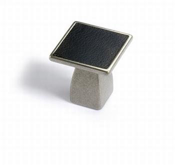 Greep Casoli - tinkleurig / zwart leer - Breedte 30 mm<br />Per stuk