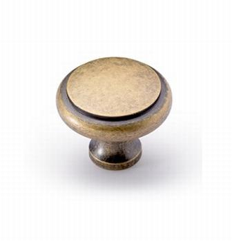 Knop Solva - Messing kleurig antiek - Diameter 30 mm<br />Per stuk