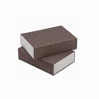 Schuurblokken fjin - korrel 100 - 98x69x26mm<br />per stuk