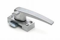 Raamsluiting standaard - rechtshandig met nok<br />per stuk