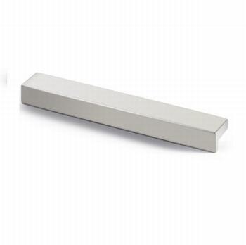 Greep Rovigo - Aluminium geeloxeerd - Lengte 79 mm<br />Per stuk
