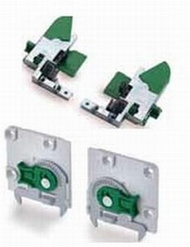 Koppeling en regeladapter tbv softclose<br />Per set